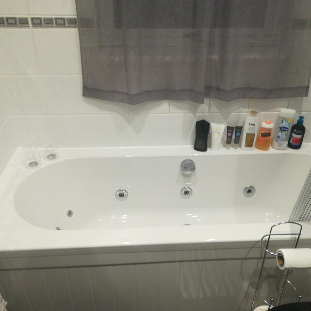 The Whirlpool Bath Shop 3 star review on 15th September 2019