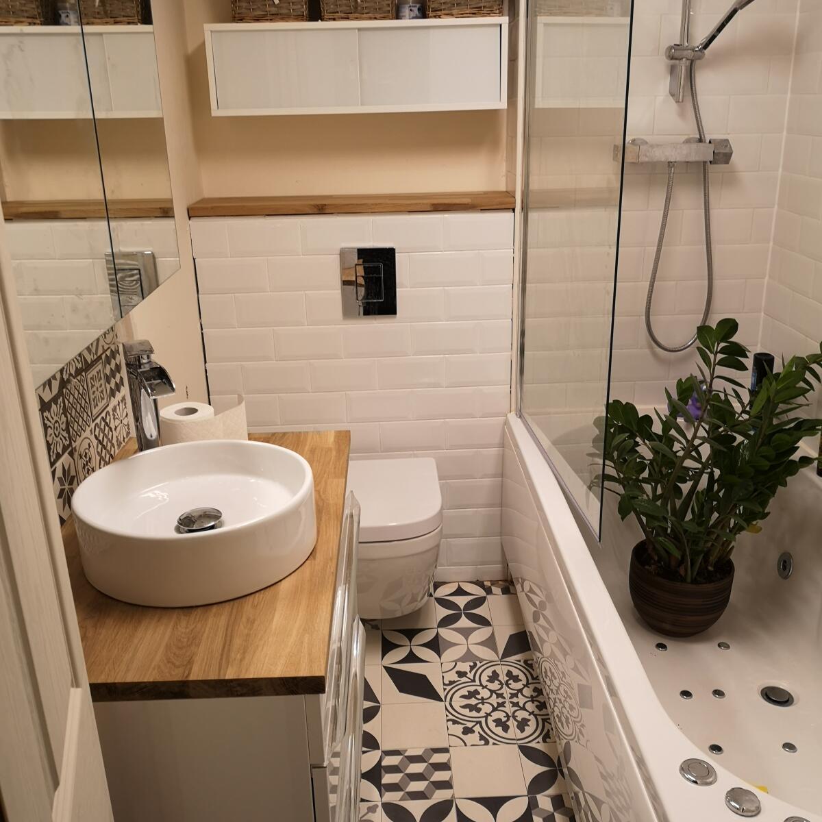 The Whirlpool Bath Shop Reviews - Read 622 Genuine Customer Reviews ...