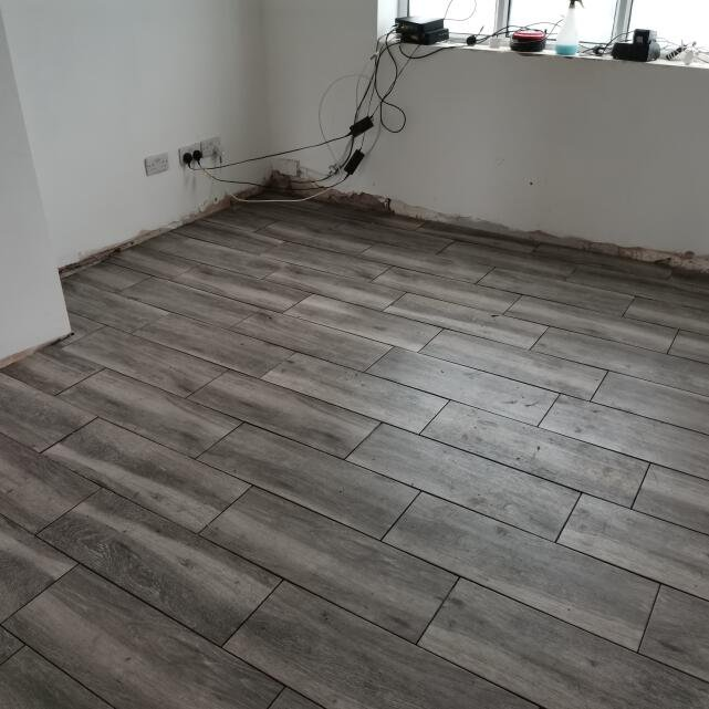 Total Tiles 5 star review on 27th October 2020