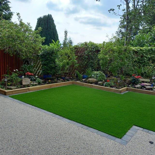 LazyLawn 5 star review on 19th August 2021