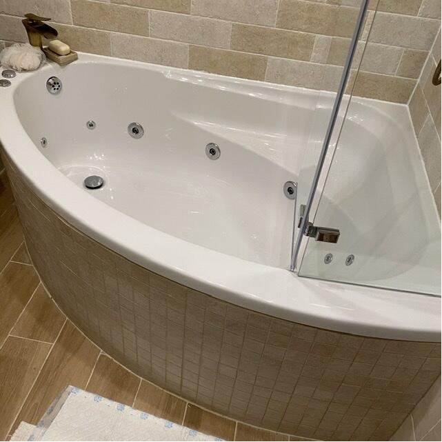 The Whirlpool Bath Shop 5 star review on 17th February 2020