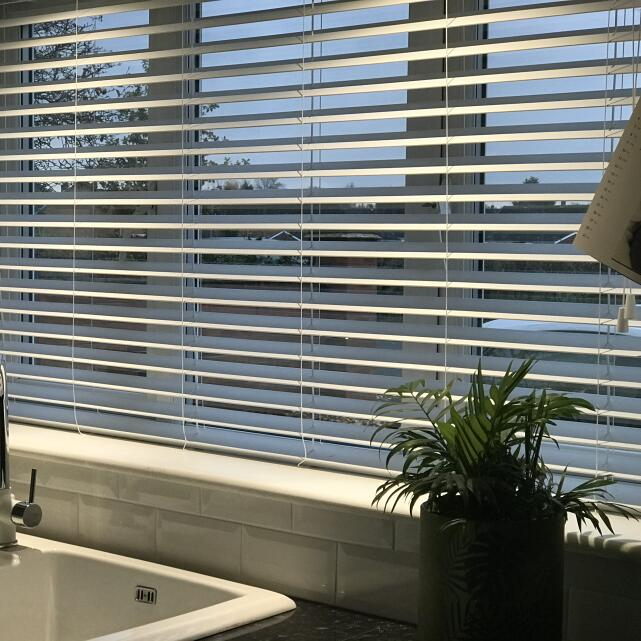 We Love Blinds 5 star review on 9th November 2020