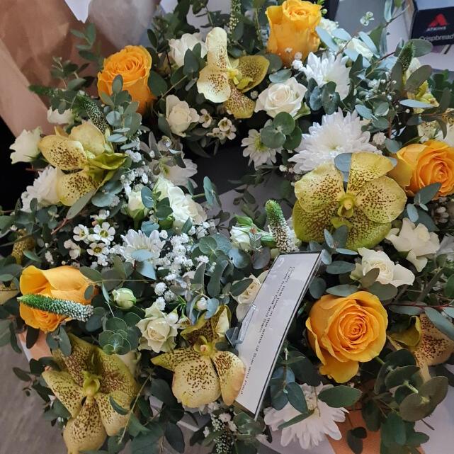 Verdure Floral Design Ltd 5 star review on 3rd April 2021