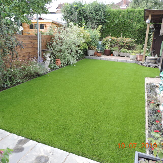 Easigrass Distribution Ltd 5 star review on 11th July 2019