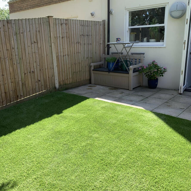 Easigrass Distribution Ltd 5 star review on 29th August 2019