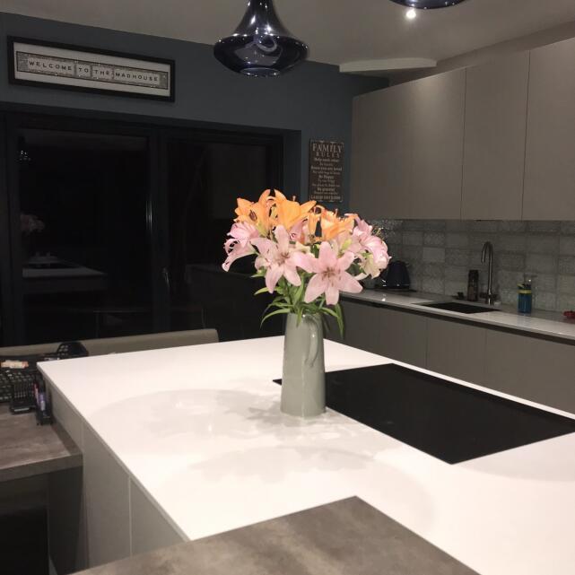 Kitchen Design Centre 5 star review on 3rd April 2021