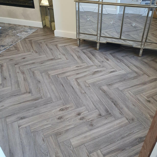 Flooring Surgeons 5 star review on 6th April 2021