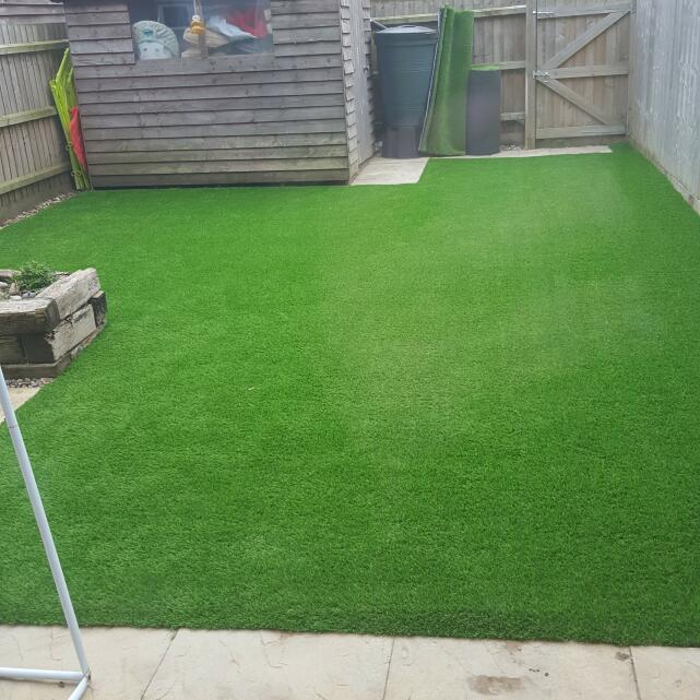 LazyLawn 5 star review on 19th June 2016