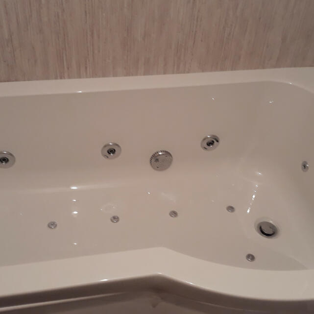 The Whirlpool Bath Shop 5 star review on 5th December 2019