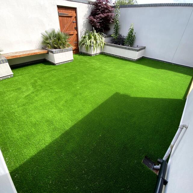 LazyLawn 5 star review on 10th July 2020
