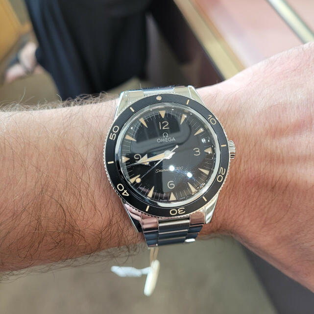 Berry's Jewellers 5 star review on 16th September 2021