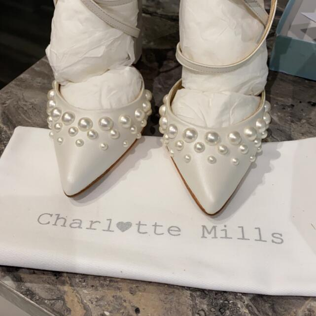 Charlotte Mills  5 star review on 25th January 2021