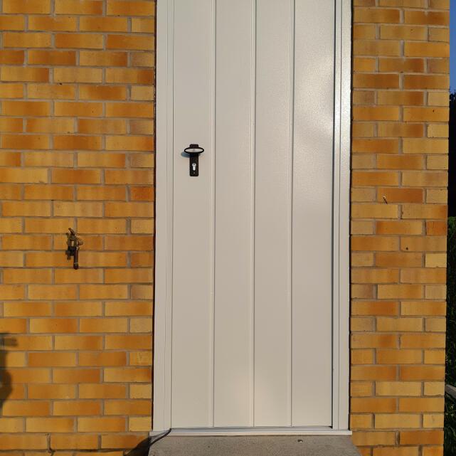 Arridge Garage Doors 4 star review on 25th August 2021