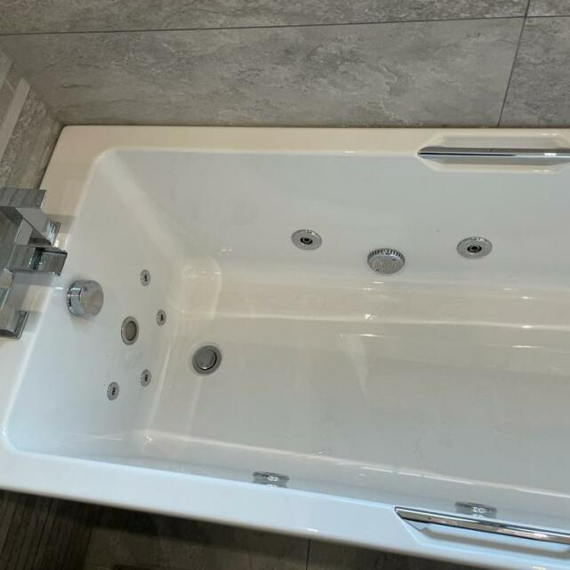 The Whirlpool Bath Shop 5 star review on 21st January 2021