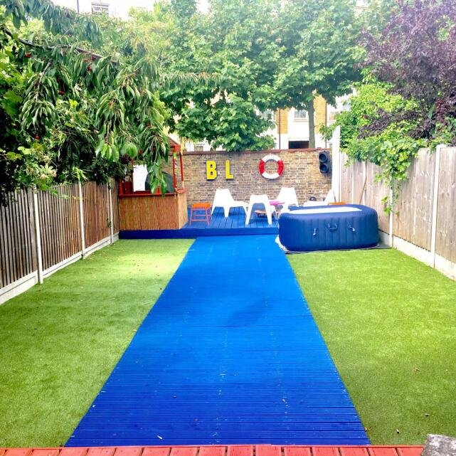 Artificial Grass Direct 5 star review on 4th August 2017